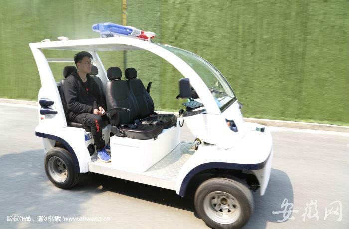 合肥推出可量产无人摆渡车 乘客可通过APP一键叫车