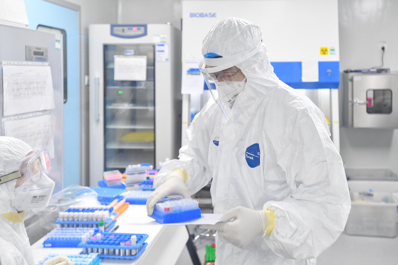 """广州市借""""疫""""发力推动生物医药产业实现逆势增长"""
